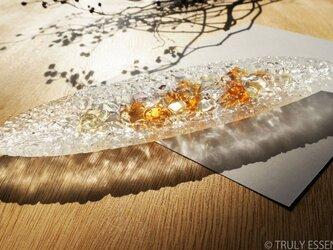 ガラスのインテリアトレイ -「 KAKERAの光 」 ● アプリコット・28cmの画像