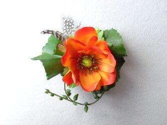 orange anemone コサージュ の画像