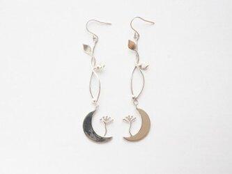 Moon Venus -Long Type- silver ピアスの画像