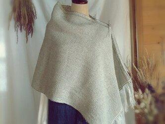 手織り リトアニアリネンのポンチョ グレーの画像