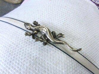 真鍮ブラス製 蜥蜴/トカゲデザイン帯留め 着物や浴衣の帯締め飾り・ブレスレット飾りにの画像