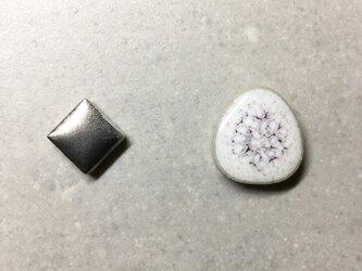 TP - 13 磁器 タイルのピアスの画像