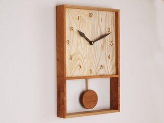木製 箱型 振り子時計 ケヤキ材1の画像