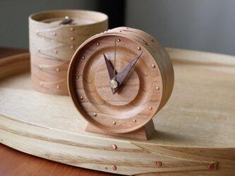 曲げ木の置き時計(CHERRY)の画像