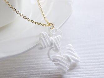 リボン踊る・ネックレスの画像