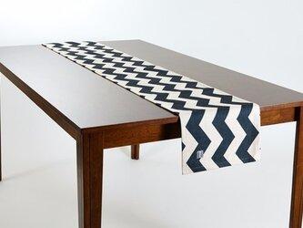 テーブルランナー 北欧柄 ブラックシェブロン 天然リネン 183×30cm jubileetabletr017の画像
