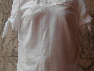 リネンフロント切替袖リボンブラウスの画像
