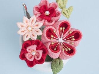 ギフト♡ ぽてっと可愛いミニブーケ メモスタンド♡【受注制作】 赤とピンク  つまみ細工 梅の画像