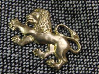 真鍮ブラス製 ミニライオン型ピンズブローチ ジャケットやハットの飾りとしての画像