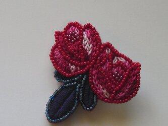 薔薇*紅 刺繍ブローチの画像
