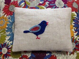 刺繍のティッシュケース☆青い小鳥の画像