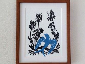 童話切り絵「おやゆび姫」の画像