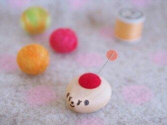 ハリネズミ赤ちゃんの羊毛ピンクッション【針山】ブナの画像