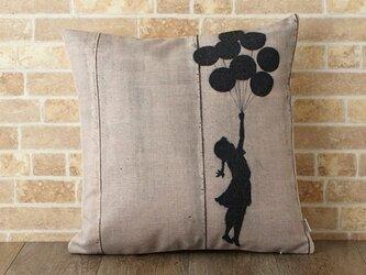 クッションカバー 45×45cm Banksy インテリア バルーンガール jubileecushionba016の画像
