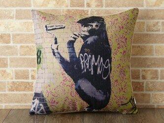 クッションカバー 45×45cm Banksy イギリス 動物 ファンキー ゴリラ jubileecushionba013の画像