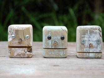 ロボ頭 三個組 005の画像