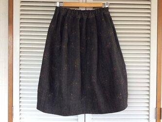受注制作:墨染めリトアニアリネンのスピントップスカートの画像