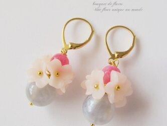 Un bouquet 花束フレンチフックピアスorイヤリングの画像