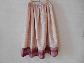 春の裾パッチワークリメイクスカートの画像