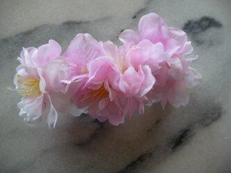 桜のバレッタ 送料無料の画像