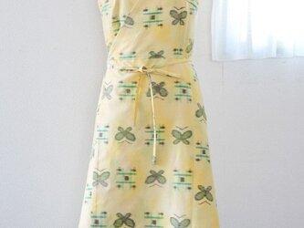 着物リメイク:紬のカシュクールワンピース(檸檬)の画像