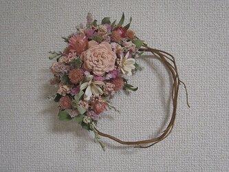 COLORS+ピンク小花の柳リースの画像