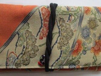 送料無料 着物リメイク 縮緬で作った和風財布、ポーチ 2455の画像