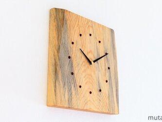 アカマツの耳付き板の時計 1の画像