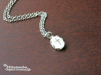 ヴィンテージ◆小さなクロスカメオのネックレスの画像