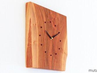 サクラの耳付き板の時計 3の画像