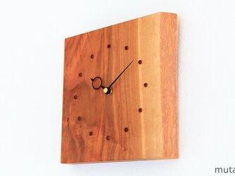 サクラの耳付き板の時計 4の画像
