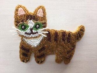 トラ猫ブローチの画像
