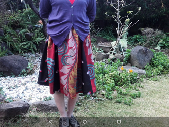 着物リメイク 可愛いフレアースカート(6000円)ー5000円一点品の画像