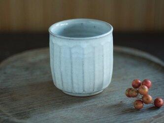 陶器の筒湯のみ(白/面)の画像