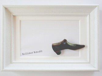 【散歩靴】 ブローチの画像