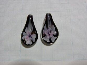 (色違いあります)ガラス製のペンダントトップB ピンク 1個の画像