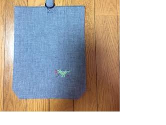 くつ入れ*クロスステッチ刺繍:恐竜の画像