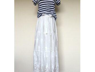 ボーダーレース ティアードスカートの画像