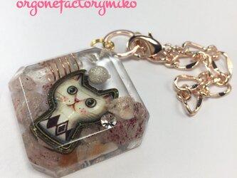 ピンクエピドート&サンストーン 優しい愛 オルゴナイト ネコちゃん バッグチャームの画像