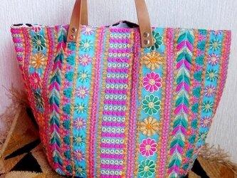 刺繍 バケツ型 バッグの画像