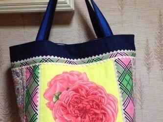 薔薇生地&チェック生地 パッチワーク 帆布トートバッグの画像