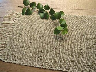 きびそ糸を使った手織りのテーブルセンターの画像