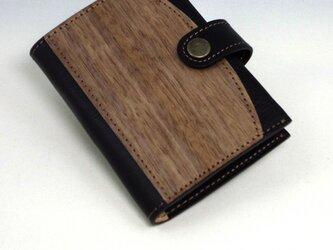 木と革のカードケース(16p) --- クリアポケットでカードを整理 [ブラック]の画像