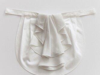 ドレスにも合う胸元カバー【デコレボンヌ】フリルデコレ(白)の画像
