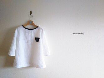 純白リネンのTシャツブラウス*後ろリボンの画像