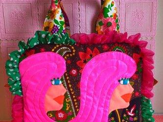 ツインプロフィール  ボストンバッグ ピンク髪の画像