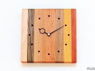 寄せ木の壁掛け時計 四角7の画像