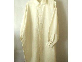 手織り木綿使用のビッグシャツの画像