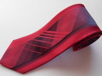 ネクタイバーチカルチェック レッド  シルク(絹)100%の画像