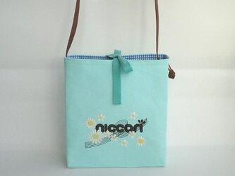 刺繍入り帆布ショルダーバッグ マーガレットniccoriの画像
